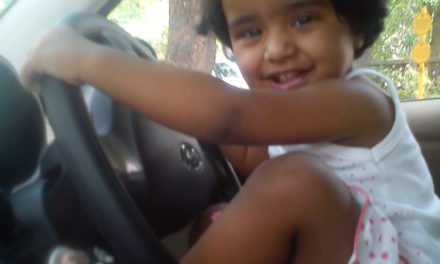 See how my 2 year old daughter driving car – Amazing Funny Pics