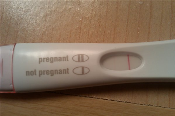 positive pregnancy test clear blue faint line