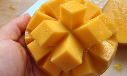 Can we eat Mango or Mango Skin-In Pregnancy Periods Fever